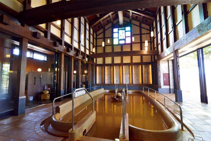 創業150年余の歴史を誇る老舗旅館「十八楼」の「蔵の湯」