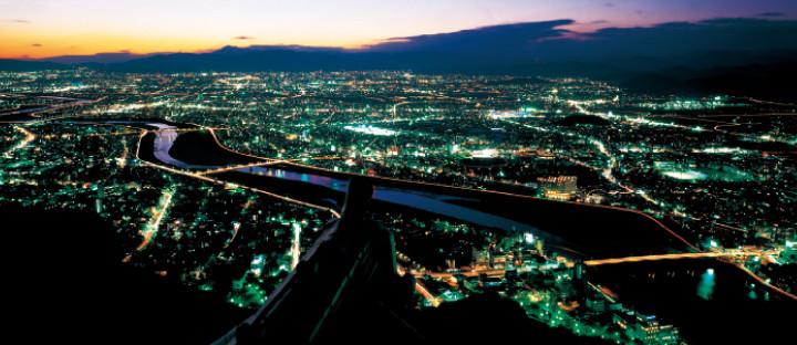 05金華山のてっぺんから岐阜市を見渡す02